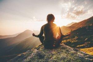 meditation-mountains-man-isolation-calm-1068x713.jpg